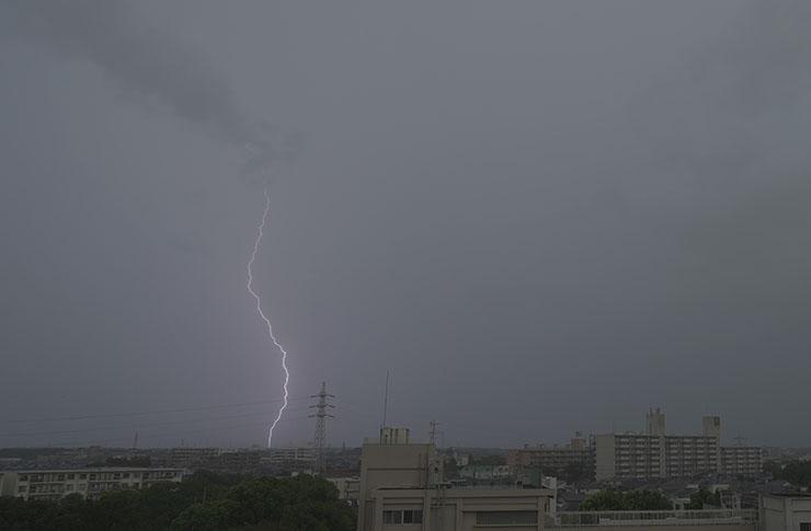 雷の瞬間_ゲリラ豪雨